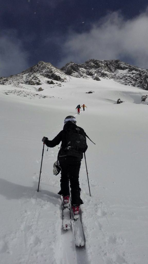 Lara-ski-2